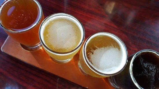 Westport, WA: Beer tasters