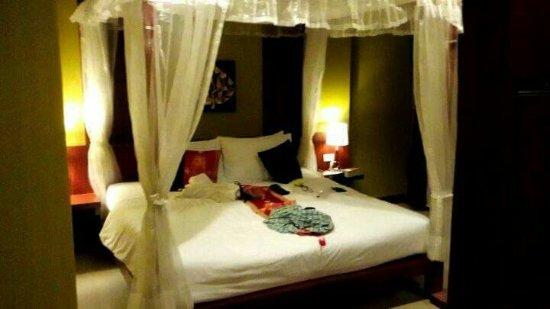 Hemingways Hotel Patong Beach: received_879917745505598_large.jpg
