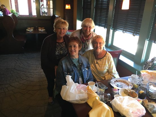 Mullica Hill, NJ : friends enjoying a great lunch...Soup delicious, clean plates and bowls!