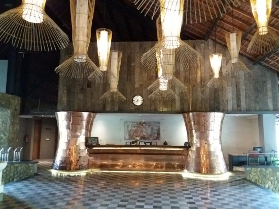 The Oasis Lagoon Sanur: reception