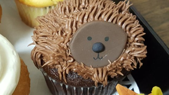 Mullica Hill, NJ: the hedgehog...he was so darn cute, I had a hard time eating him,he was as deliciouse as he was