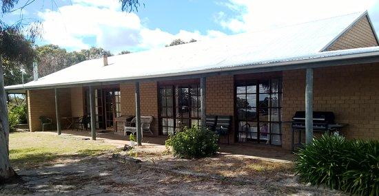 Pomonal, Australia: Three bedroom: Cottage 7