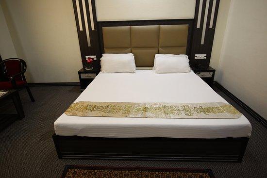 Interior - Picture of Keys Lite Apple Nest by Lemon Tree Hotels, Manali - Tripadvisor