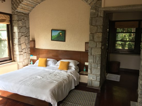 Flameback Lodges: Beautiful location; clean resort; amazing facilities