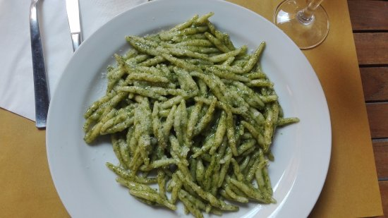 Blue Marlin Cafe : trofie al pesto