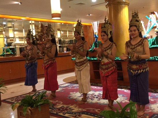 Angkor Century Resort & Spa : ダンスショー