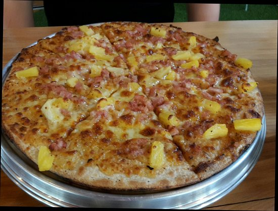Golden Crust Pizza resides at Smith St, North Providence, RI provides here all the necessory details like contact number () by which customers can reach to Golden Crust Pizza. The company works in the field of Pizza.