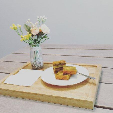 Lamoist - Layers Batam: Teatime joy - with Lamoist layer cakes