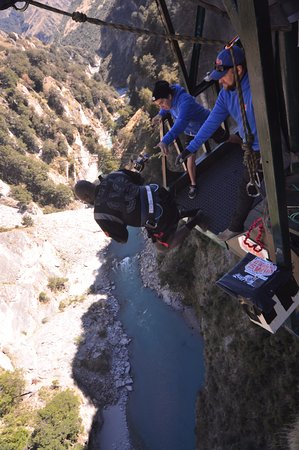 Shotover Canyon Swing & Canyon Fox: Canyon swing queenstown!