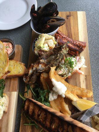 Luxury lunch on Rottnest
