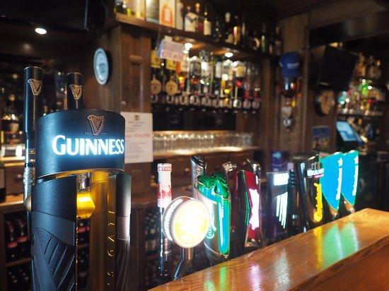 Belturbet, Irlandia: Seven Horseshoes Hotel - Restaurant