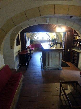 Cornucopia Hotel: Bar
