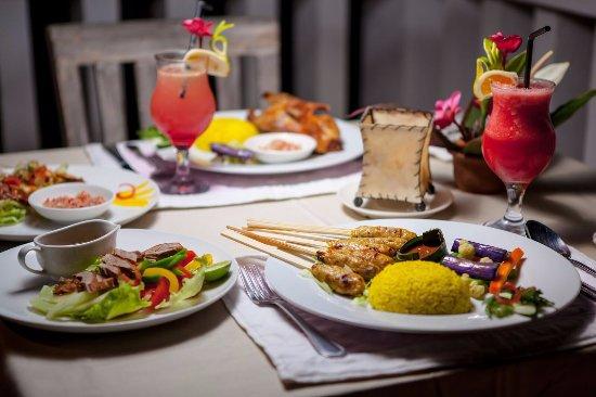 Taman Bebek Hita: Bali Crispy duck, duck salad, prawn satay