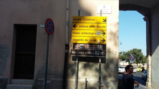 Porta S'Avanzada