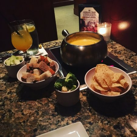 The Melting Pot: Wisconsin Cheddar fondue