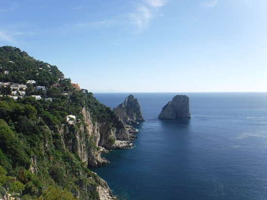 Hotel La Vue D'Or: Fraggle rocks, Capri - lol