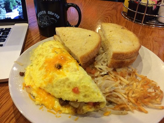 Wyoming, MI: Border Omelette (charizo, onion, pepper jack cheese)