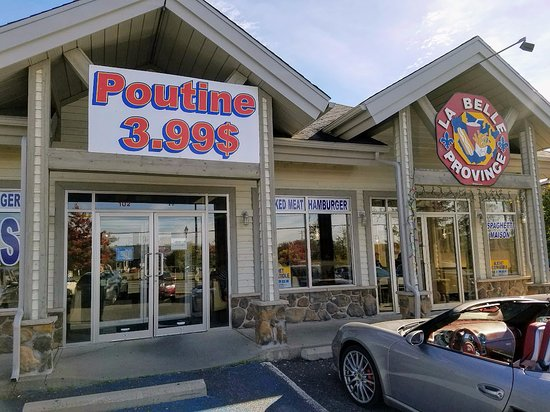 ‪‪Cowansville‬, كندا: Doesn't get any more Quebecois than Poutine‬