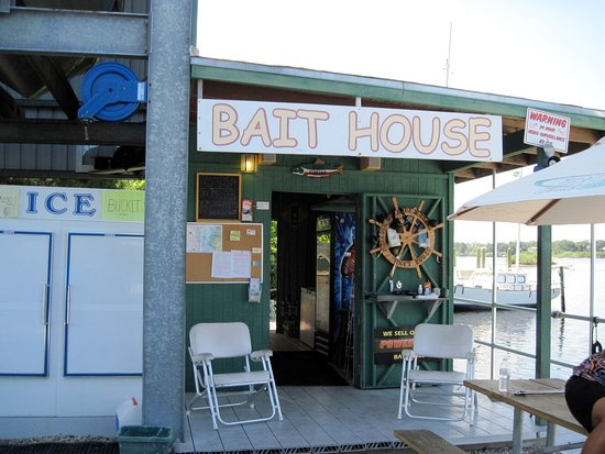 Holiday, FL: At our Bait House we offer a variety of options for your fishing needs.