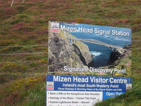 Mizen Head Visitor Centre: visitor center sign
