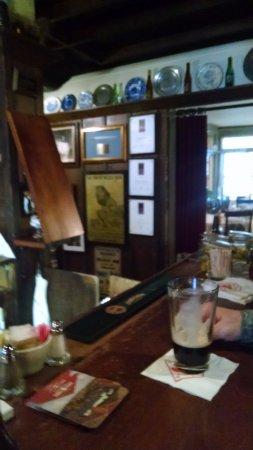 The Red Lion Inn: tavern