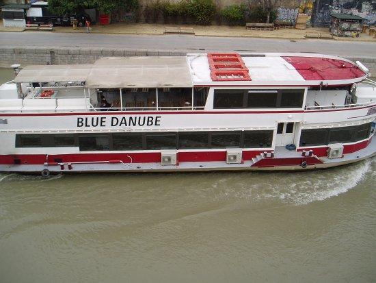 Motto am Fluss: Le Danube depuis la terrasse