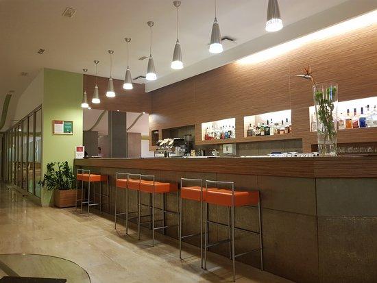 Remisens Hotel Lucija: bar
