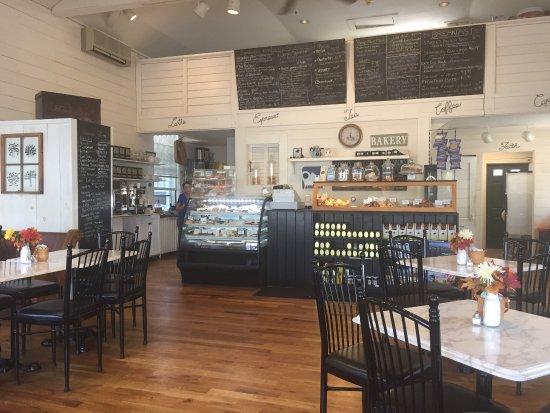 Beth's Bakery & Cafe: photo0.jpg