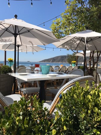 Avila Beach, CA: Located steps from the sand, Blue Moon offers seaside dining at its finest.
