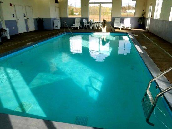 London, Кентукки: Indoor Heated Pool