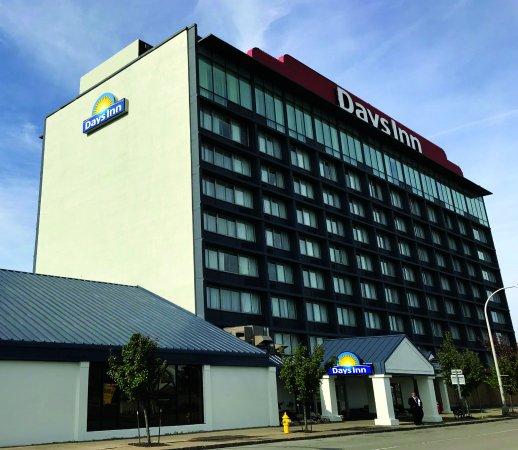 Days Inn Niagara At The Falls Updated 2017 Hotel Reviews