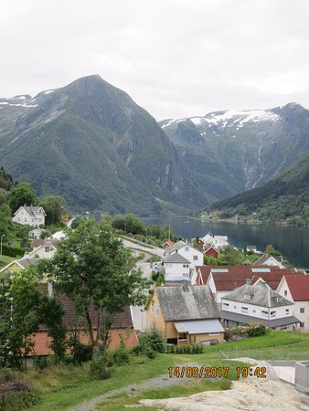 Balestrand, Norge: View from our eighth floor balcony.