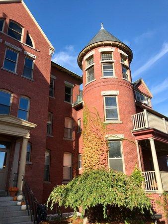 Centennial Hotel Photo