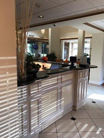 Hilton Garden Inn, Oxnard/Camarillo: check in