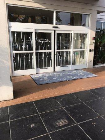 Hilton Garden Inn, Oxnard/Camarillo: main entrance