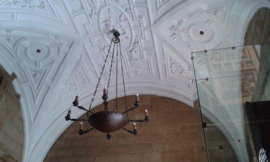 Antiguo Convento de San Marcos: Recibidor parador Nacional
