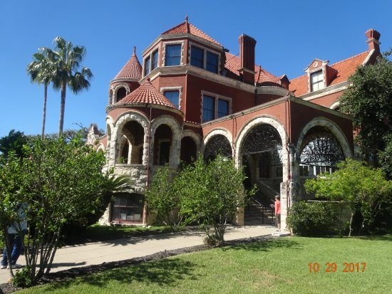 Front of Moody Mansion