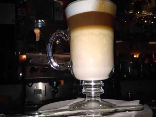Santa Barbara de Nexe, Portekiz: Caffe Latte