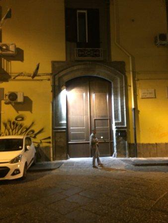 Via Sedile Di Porto.Via Sedile Di Porto Foto Di B B Della Corte Napoli