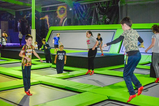 Telford, UK : The main trampoline bed is just one of the fun areas in Airea51