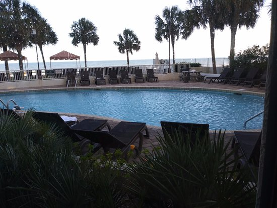 The Strand a Boutique Resort: Heated pool