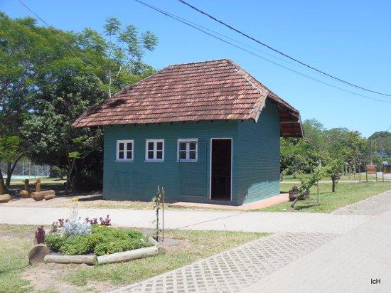 Henrique Luis Roessler Park