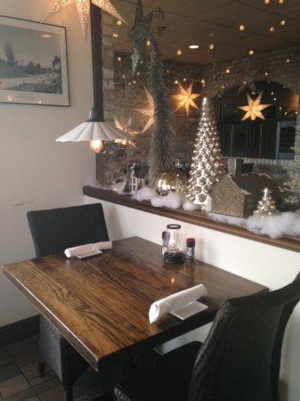 Chicanes Restaurant & Bar: Chicanes December 2016