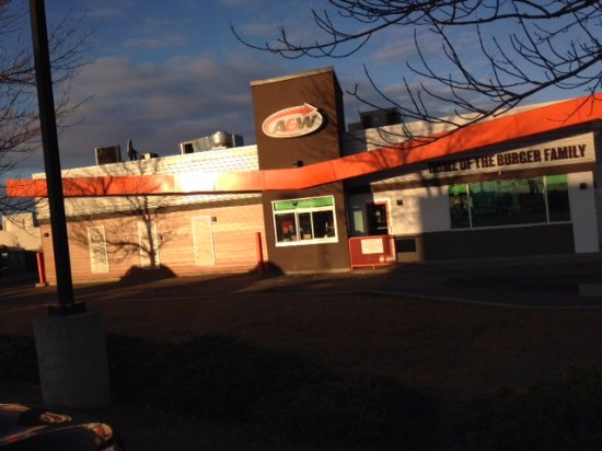 East entrance to A & W in Innisfail