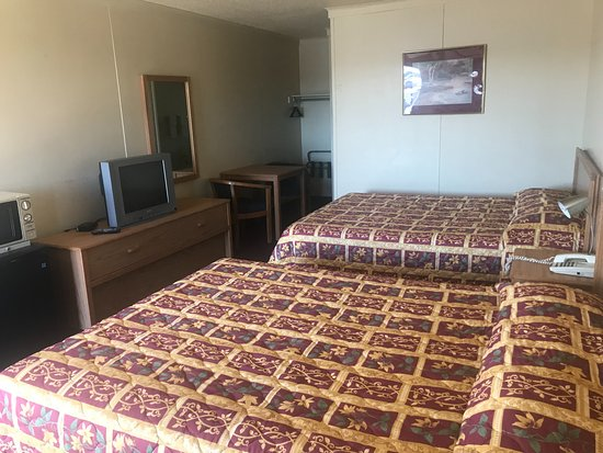 Borger, TX: double room