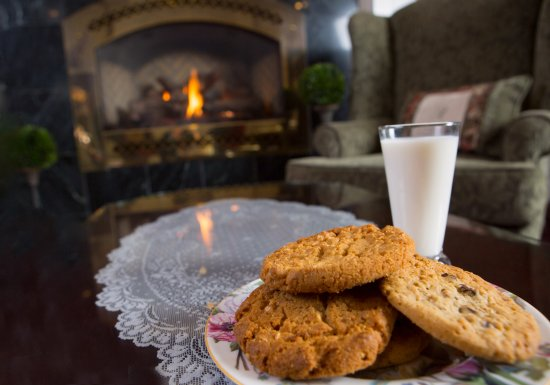 Cascade, ID: Warm Cookies & Ice Cold Milk are served every evening