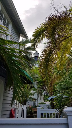 Lighthouse Court Hotel in Key West: Blick Richtung Leuchtturm