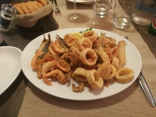 Kyo fish rapallo restaurant reviews phone number for Restaurant kyo