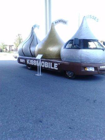 Antique Automobile Club of America Museum: The Kissmobile