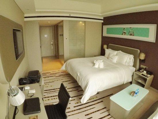 King Executive Room 2 Picture Of Doubletree By Hilton Hotel Jakarta Diponegoro Tripadvisor